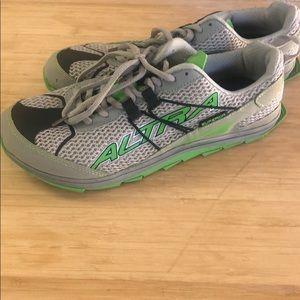 Altra Superior zero drop men's shoes size 11